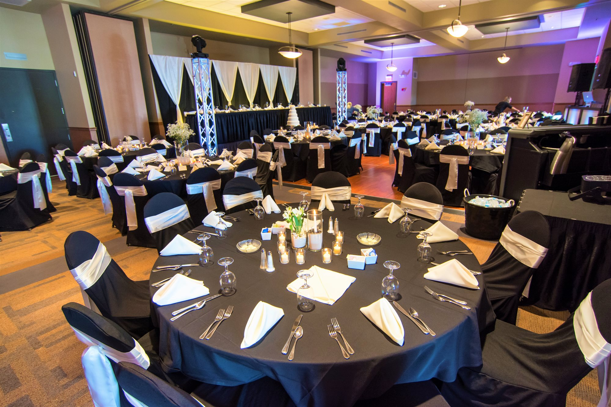 Weddings & Events at King's Pointe Resort